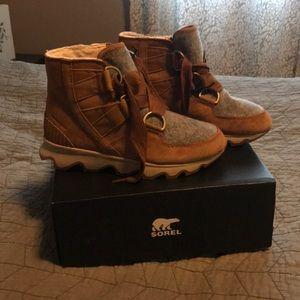 BNWT Sorel Boots